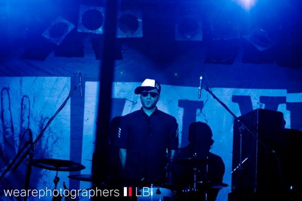 4lyn_-_backstage_muenchen_2011_8_20110927_1820325847