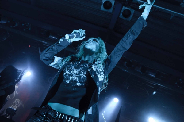 arch_enemy_khaos_over_europe_tour_2011_10_20111223_1393469357