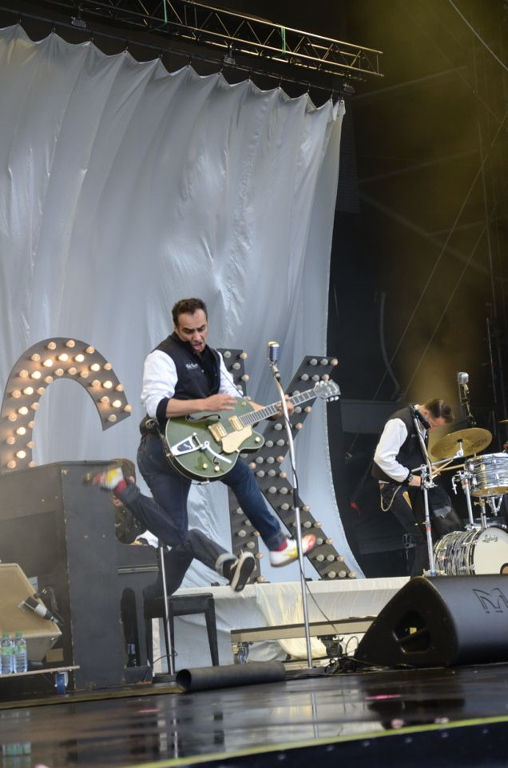 dick_brave_and_the_backbeats_bei_rock_am_ring_2012_4_20120605_1506605030