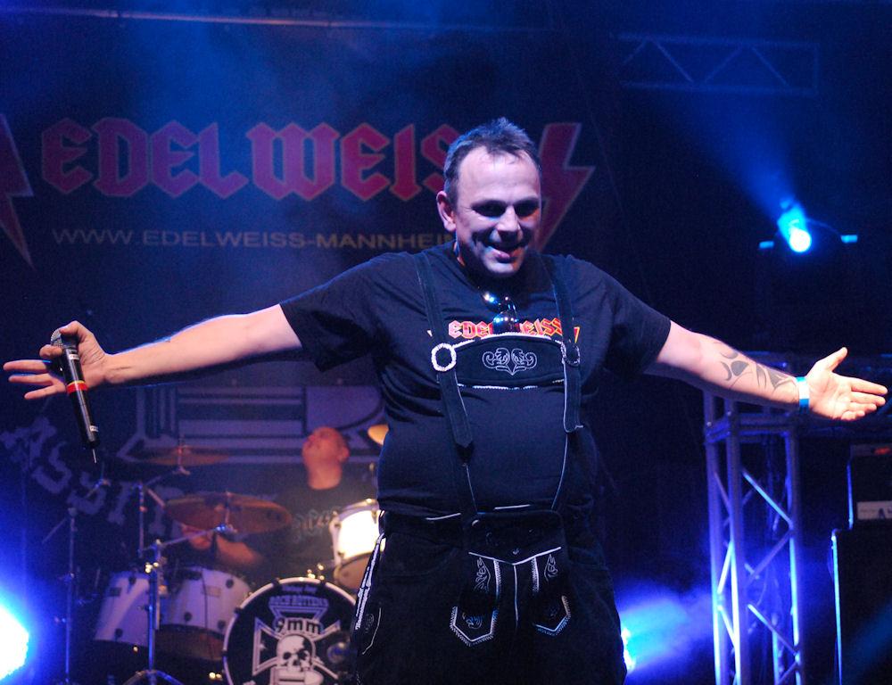 edelweiss_beim_fek9_die_deutschrock_monster_2011_in_geiselwind_8_20111004_1405604080