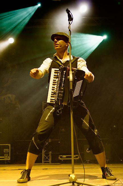 fiddlers_green_-_bretinga_festival_2011_10_20110806_1084445528