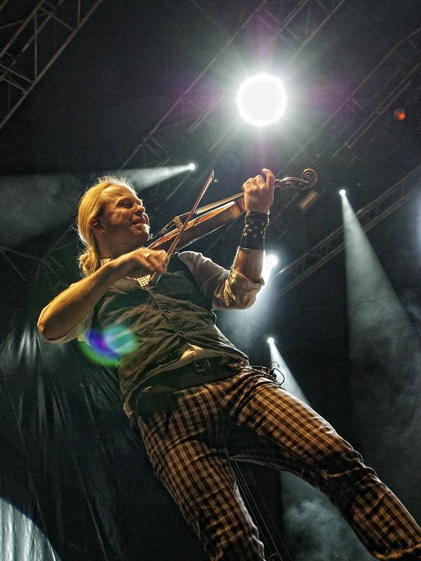 fiddlers_green_-_bretinga_festival_2011_24_20110806_1309305530
