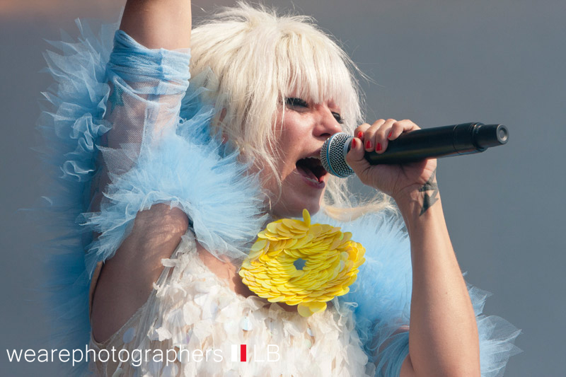 mia_bei_energy_in_the_park_2012_25_20120921_1945568313
