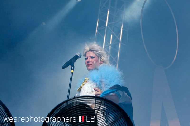 mia_bei_energy_in_the_park_2012_7_20120921_1795754322