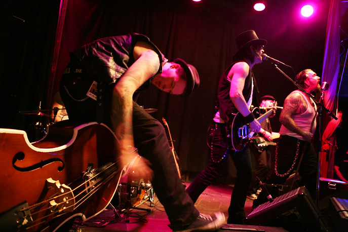 ski_kings_country_trash_in_muenchen_auf_der_trash_valley_tour_2011_36_20110204_1019986436