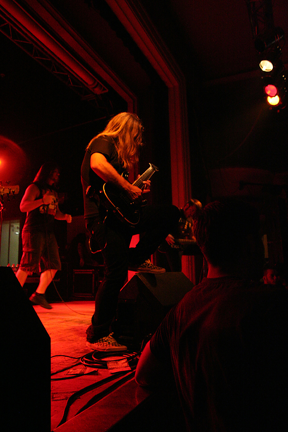 unearthed_-_hell_on_earth_tour_2011_jena_2_20110910_1245328325