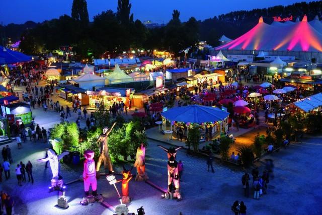DasTollwoodSommerfestivalfindetinMünchenvom.Junibiszum.JuliimOlympiaparkSüdstatt.(Foto:BerndWackerbauer)
