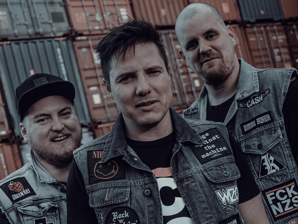 Das AOP Comeback-Interview nach 10 Jahren – Ein Fall für die Punkrock-Polizei?