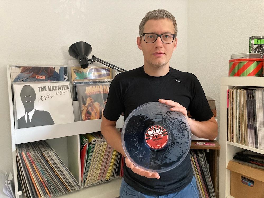 Vinyl Manufaktur: Nico Michaelis produziert Liquid filled Vinyls in Handarbeit